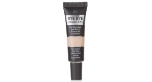 It Cosmetics Bye-Bye Under Eye Concealer.