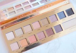 It cosmetics naturally pretty eyeshadow palette.