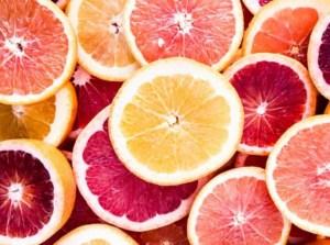 Birds eye view of sliced grapefruit.